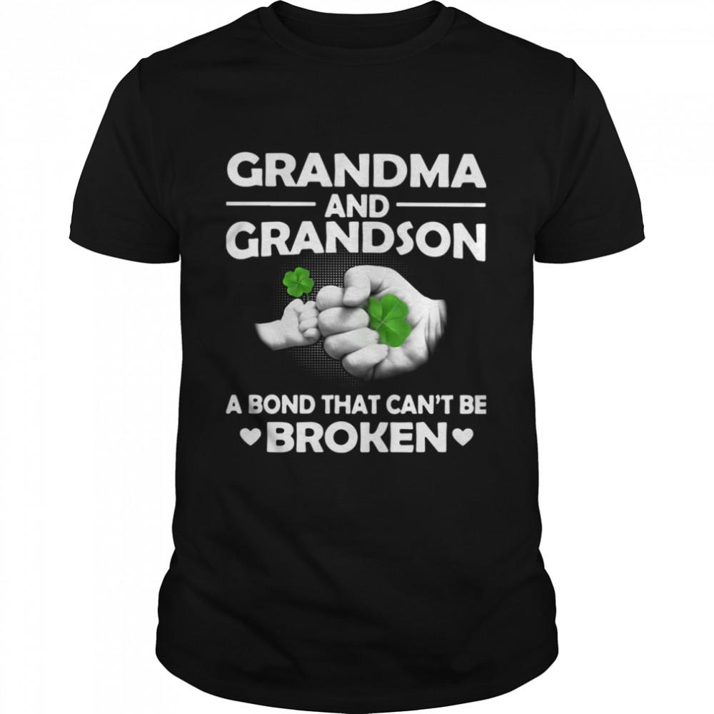 Grandma And Grandson A Bond That Can't Be Broken shirt Classic Men's T-shirt