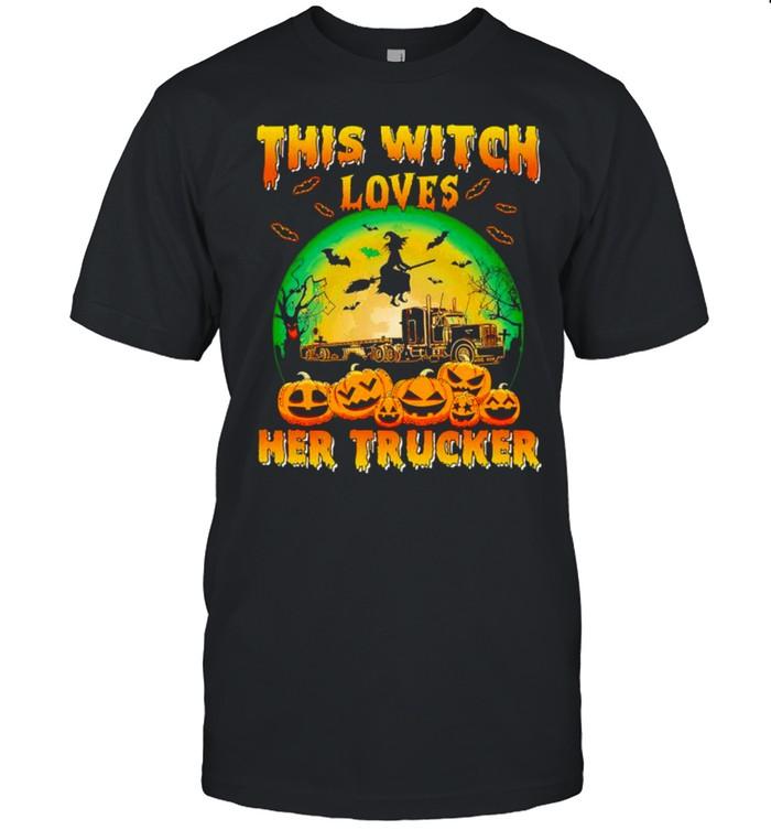 This witch loves her trucker Halloween shirt Classic Men's T-shirt