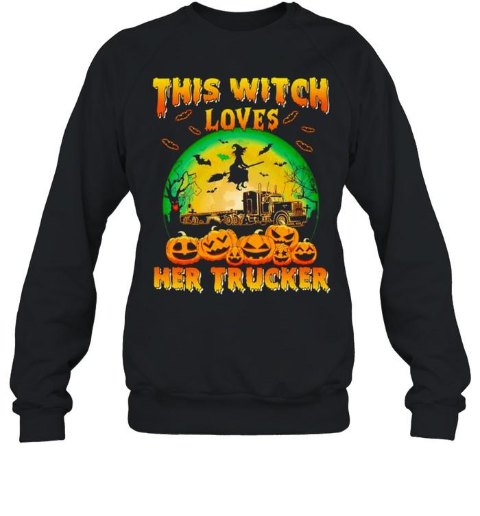 This witch loves her trucker Halloween shirt Unisex Sweatshirt