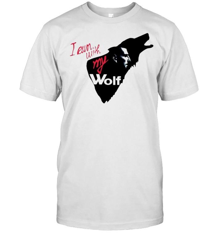 I run with my wolf by jelena and novak djokovic jelenas viral wolf shirt Classic Men's T-shirt