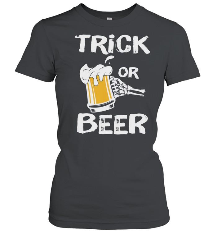 Halloween Beer Trick or Treat shirt Classic Women's T-shirt