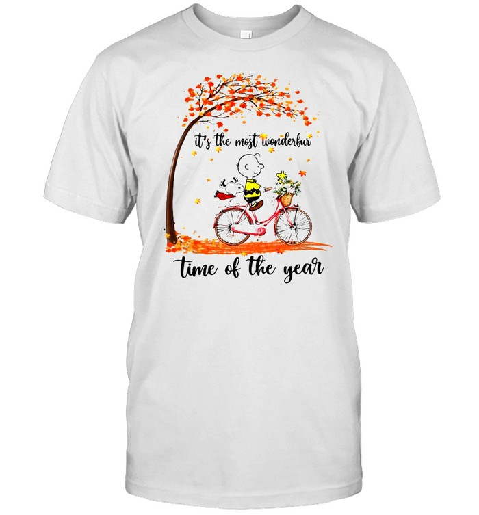 Snoopy And Peanuts It's The Most Wonderful Time Of The Year T-shirt Classic Men's T-shirt