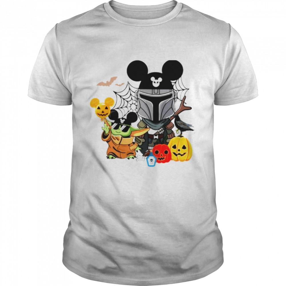 Baby Yoda and The Mandalorian pumpkin spooky Happy Halloween shirt Classic Men's T-shirt