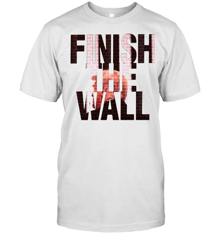 Trump finish the wall shirt Classic Men's T-shirt