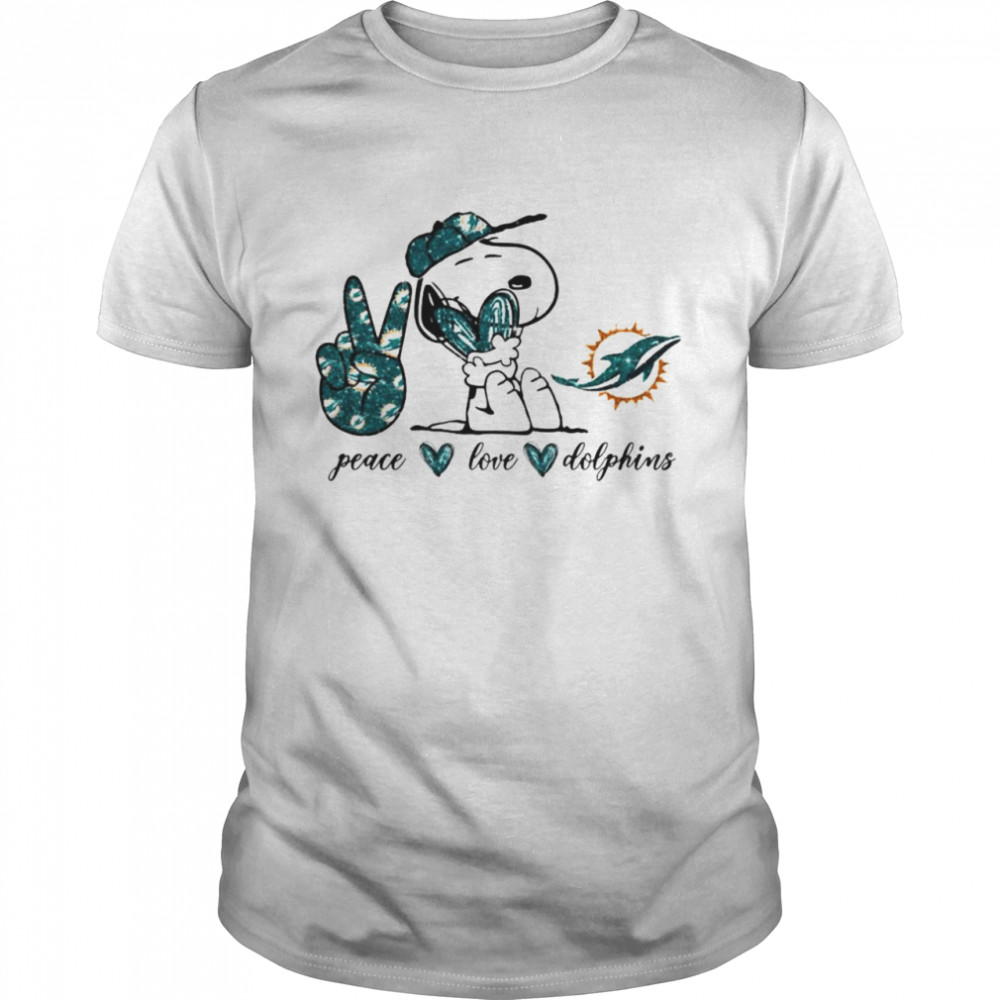Snoopy peace love Miami Dolphins shirt Classic Men's T-shirt