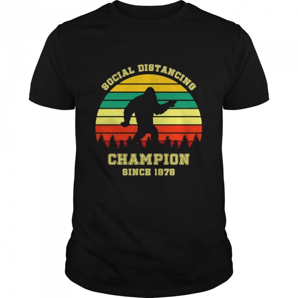 Soziale Distanzierung Champion 1978 43 Jahre Alt Geburtstag  Classic Men's T-shirt